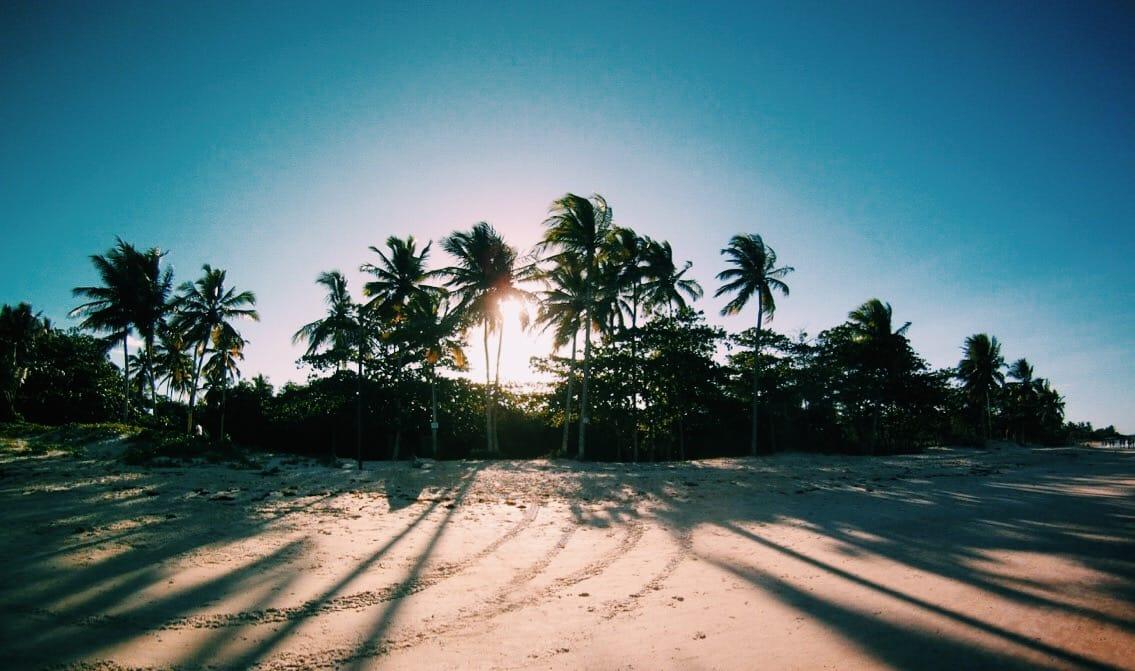 Trancoso na Bahia recebe mochileiros do mundo inteiro