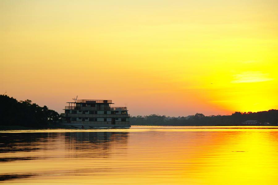 Pôr do Sol visto no trajeto do barco de Santarém até Belém