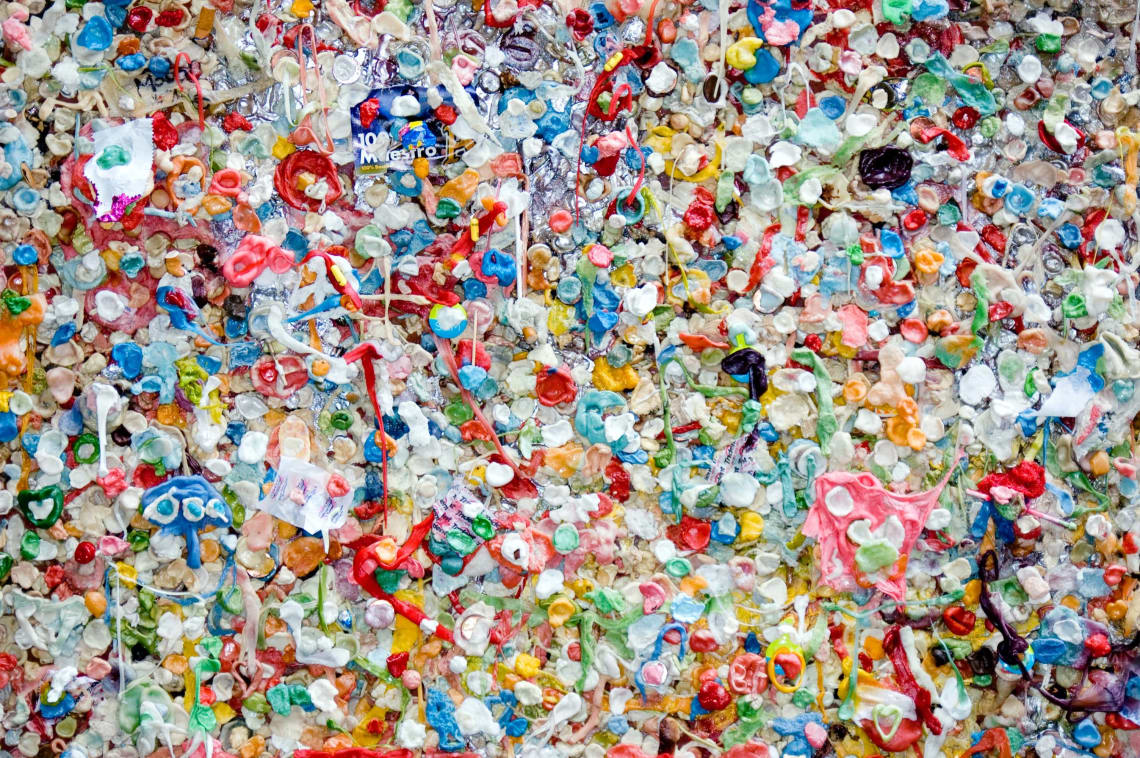 Ways to reduce plastic use
