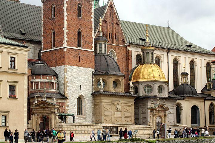 Dónde viajar con poco dinero en Europa - Worldpackers - cracovia polonia