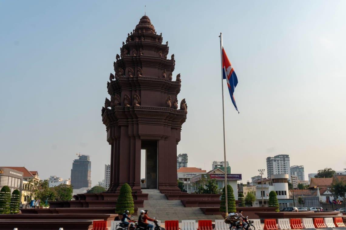 Hacer la ruta del Mekong: Laos, Camboya y Vietnam - Worldpackers - templo en Camboya