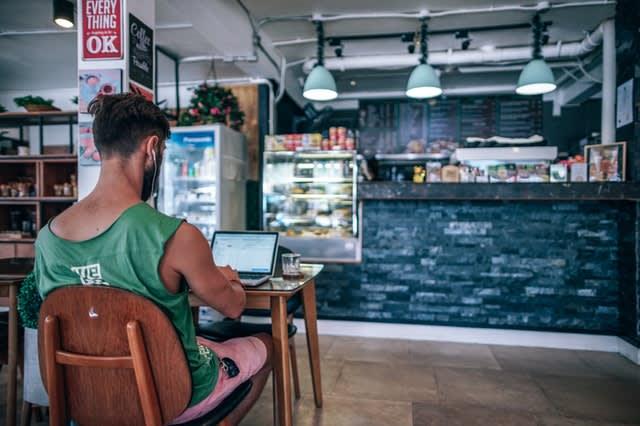 Os nômades digitais podem trabalhar de qualquer cidade que tenha acesso à internet