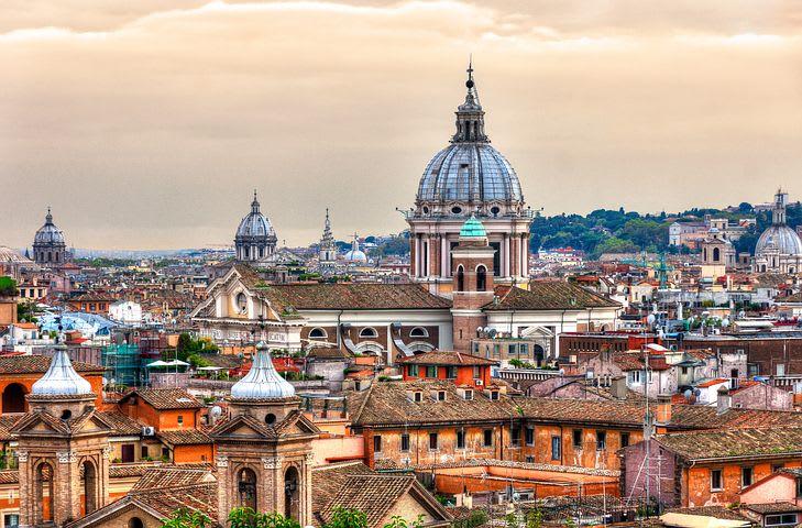 La guía definitiva para explorar Roma como un local - Worldpackers - tejados de Roma