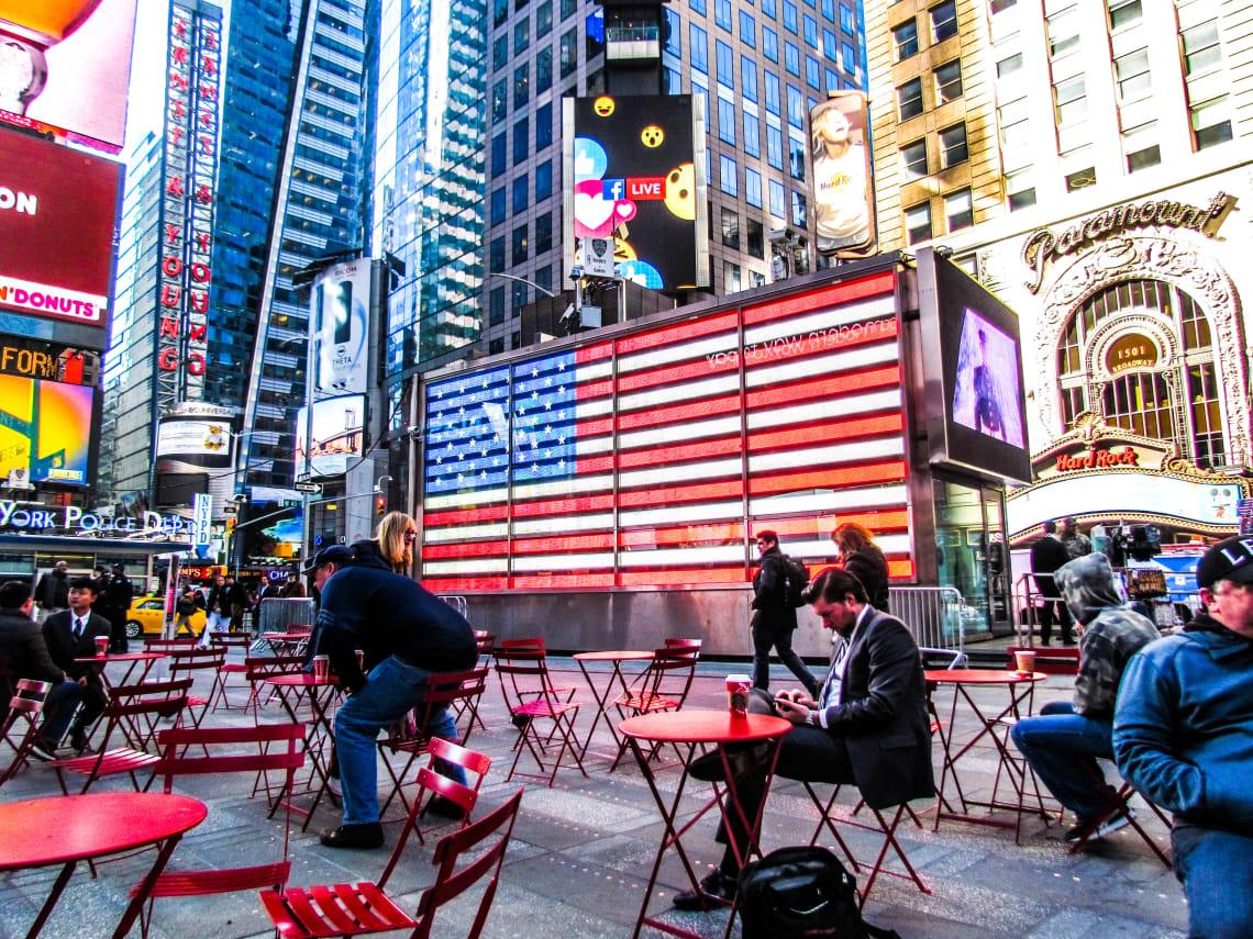 Guía para visitar Nueva York por primera vez: qué ver y recomendaciones - Worldpakcers - el times square en nueva york