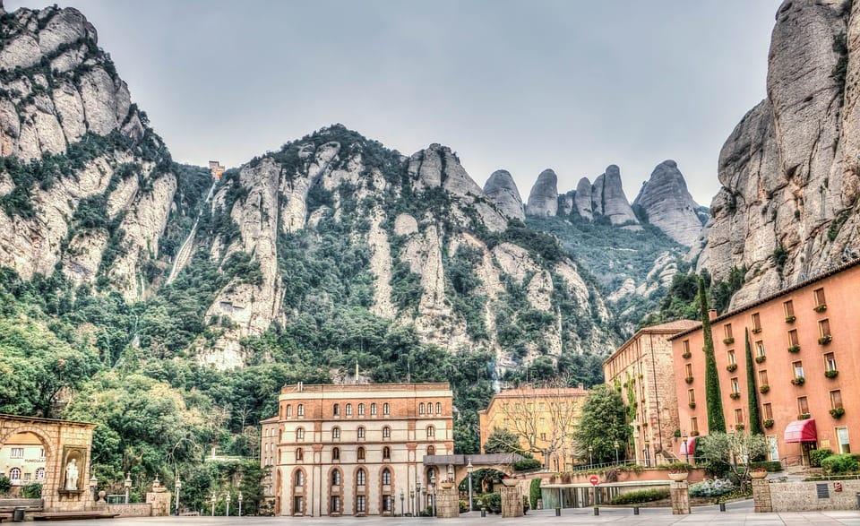 Cidades espanholas: Montserrat