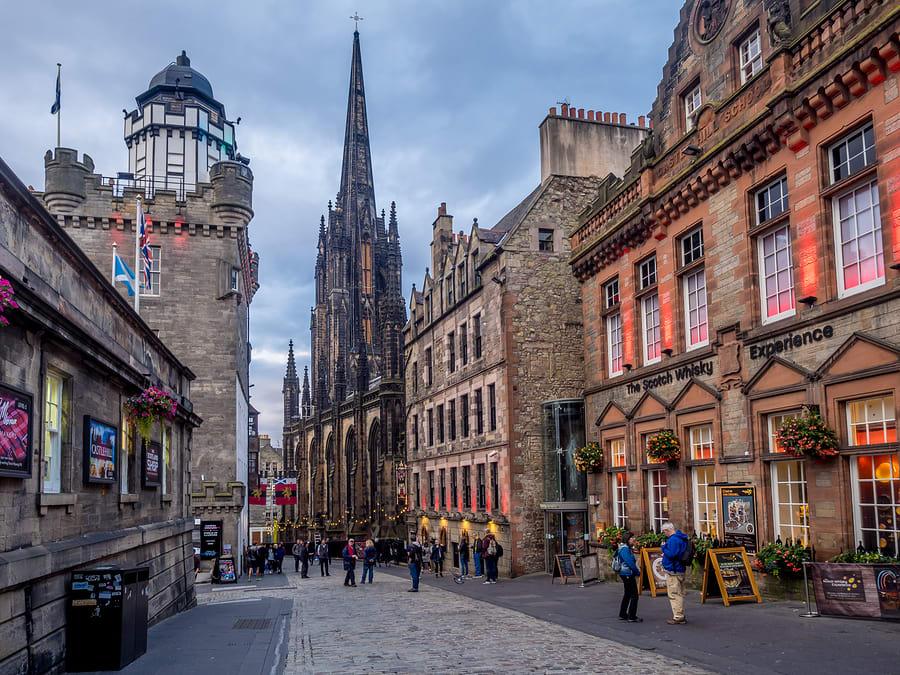Onde passar o Natal e Ano Novo: Edimburgo