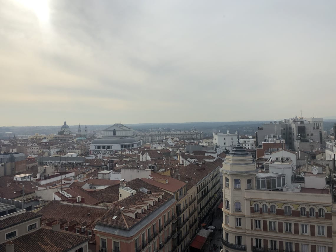 La guía más completa para viajar a Madrid - Worldpackers - vista de Madrid desde lo alto