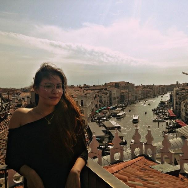 La viajera tahina Sheckler viajo por Europa