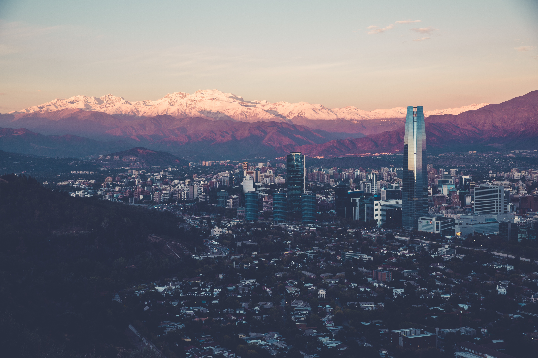 Santiago, capital chinela.