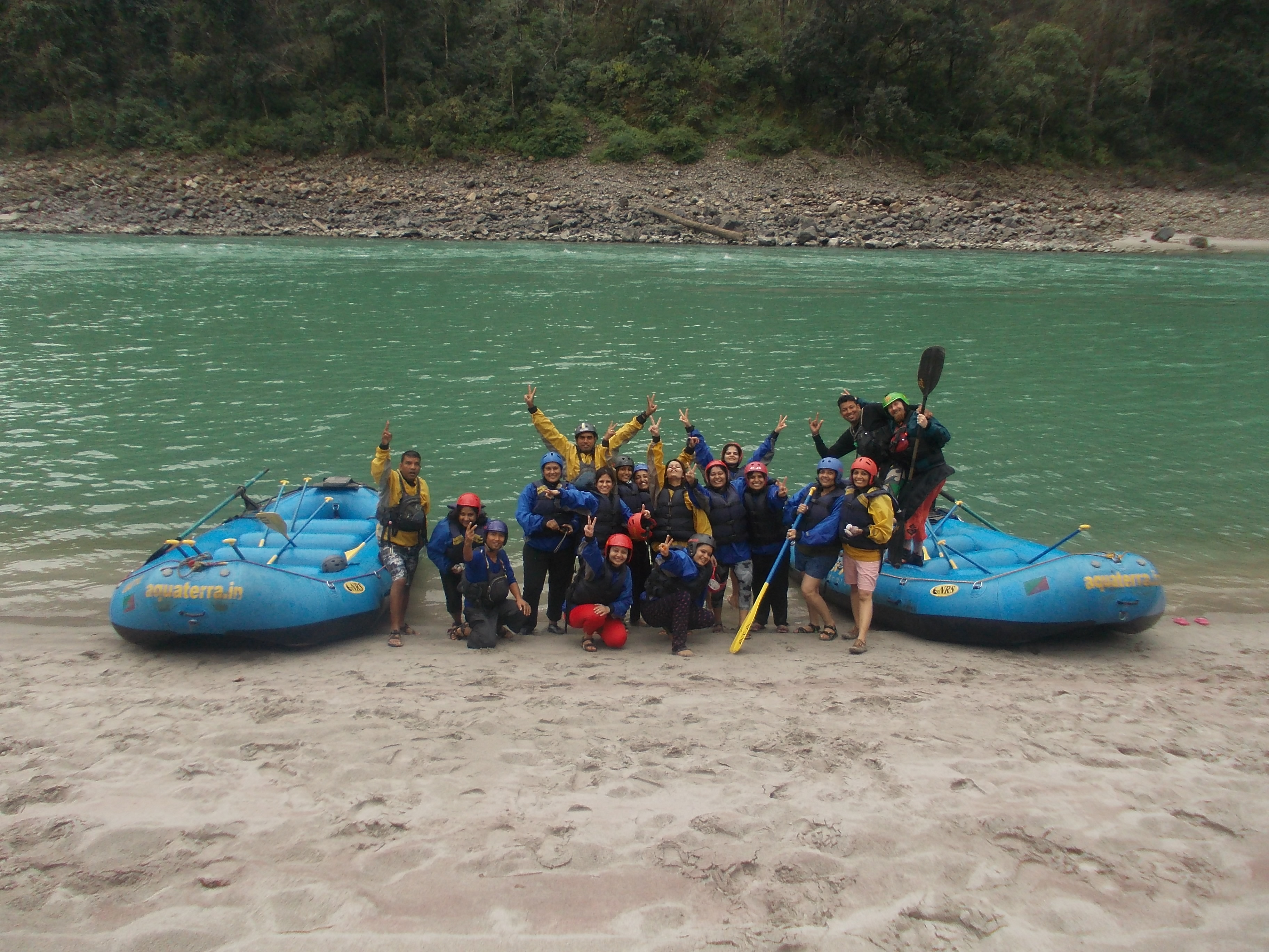 Rafting, river Ganges and rapids!