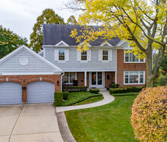2774 Sandalwood, Buffalo Grove