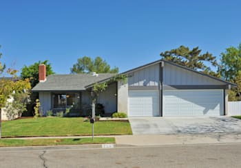 720 Holbrook Ave, Simi Valley, CA 93065