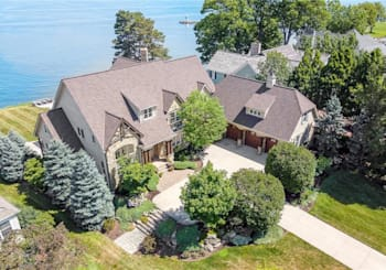 19700 Frazier Dr, Rocky River, OH 44116