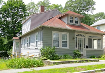 109 Gridley St, Quincy, MA 02169