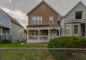 6828 S Green St, Chicago, IL 60621