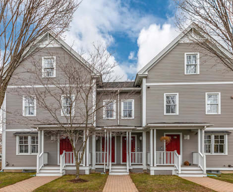 35 Russell Place, Arlington, MA 02474