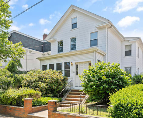 16 Evergreen Ave Somerville, MA 02145