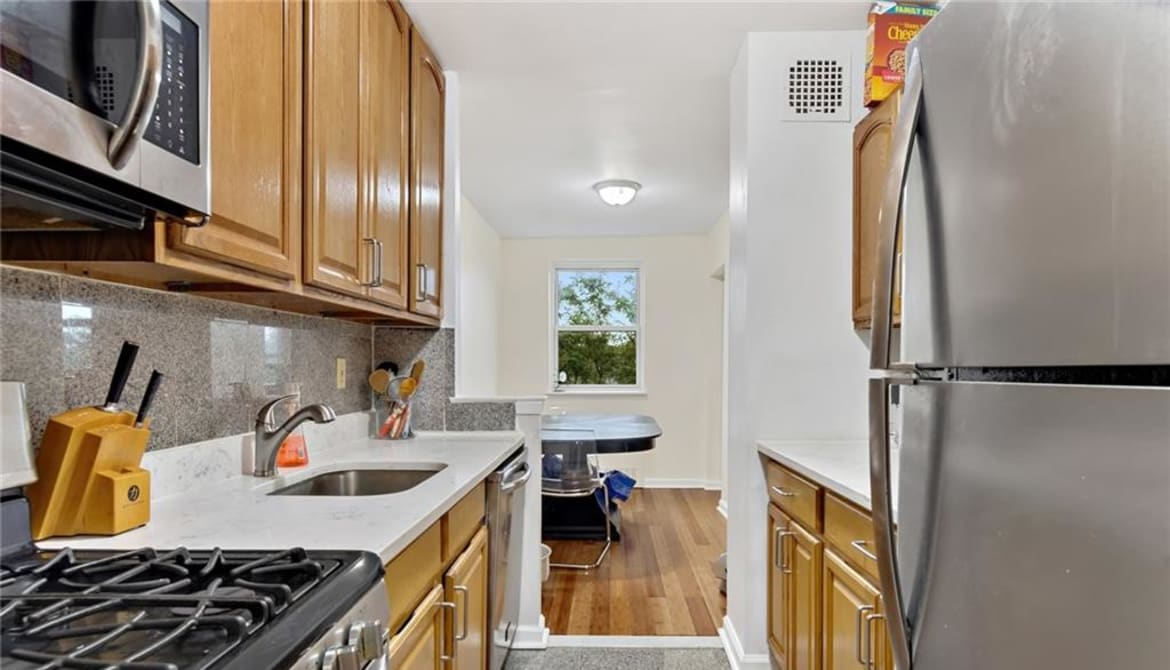 Just Sold: 377 N Broadway Unit: 325, Yonkers