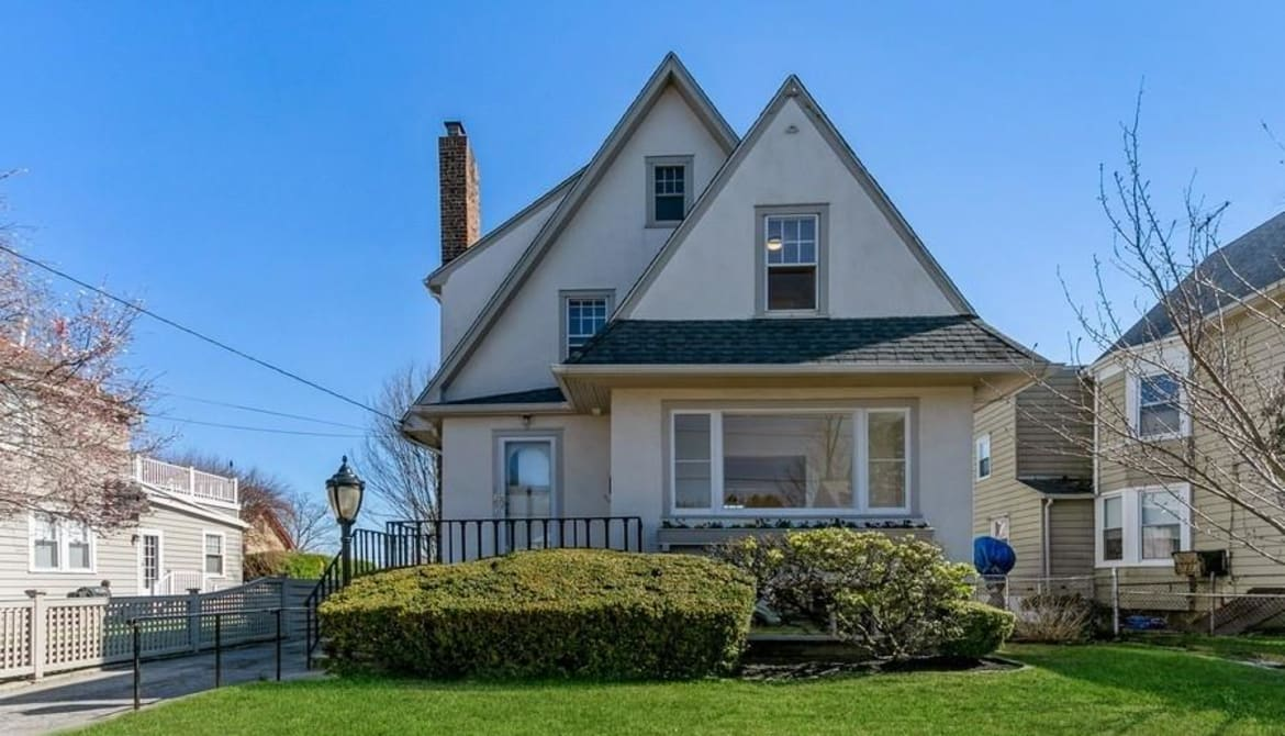 Just Listed: 217 Soundview Avenue, Mamaroneck