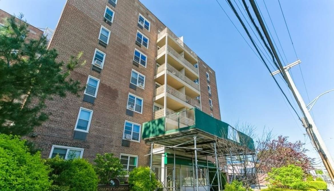 Just Listed: 1296 Midland Avenue Unit: L-7, Yonkers