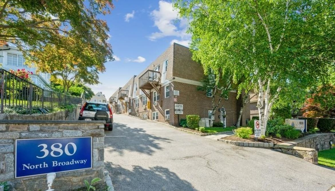 Just Listed: 380 N Broadway Unit: B8, Yonkers