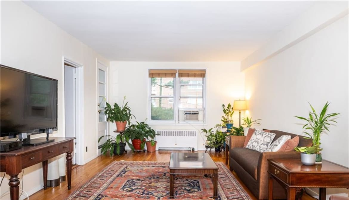 Just Listed: 1133 Midland Avenue Unit: 3K, Yonkers