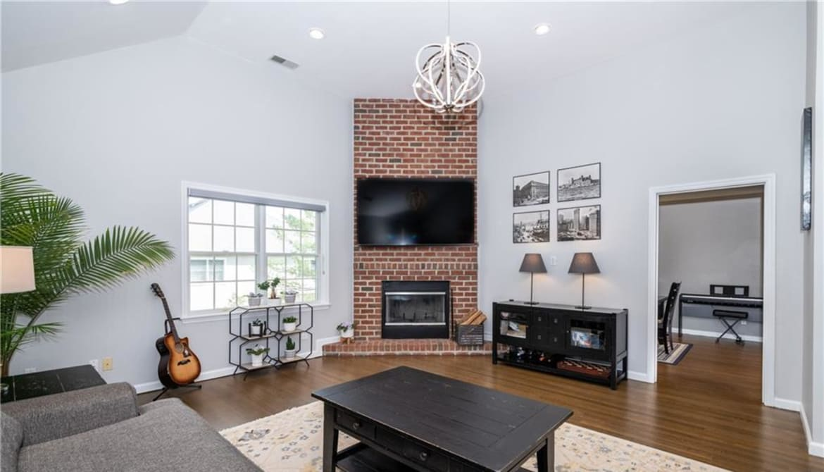 Just Listed: 119 Montgomery Avenue Unit: C, Eastchester