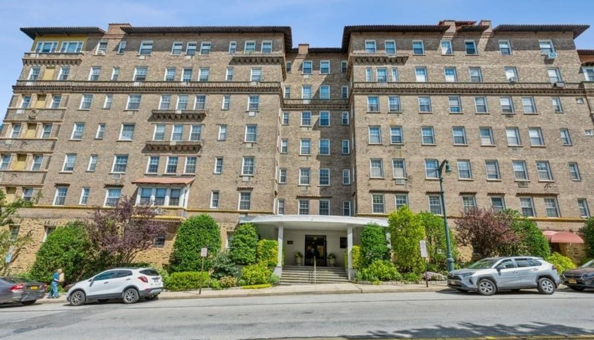 Just Listed: 16 N Chatsworth Avenue Unit: 212, Mamaroneck