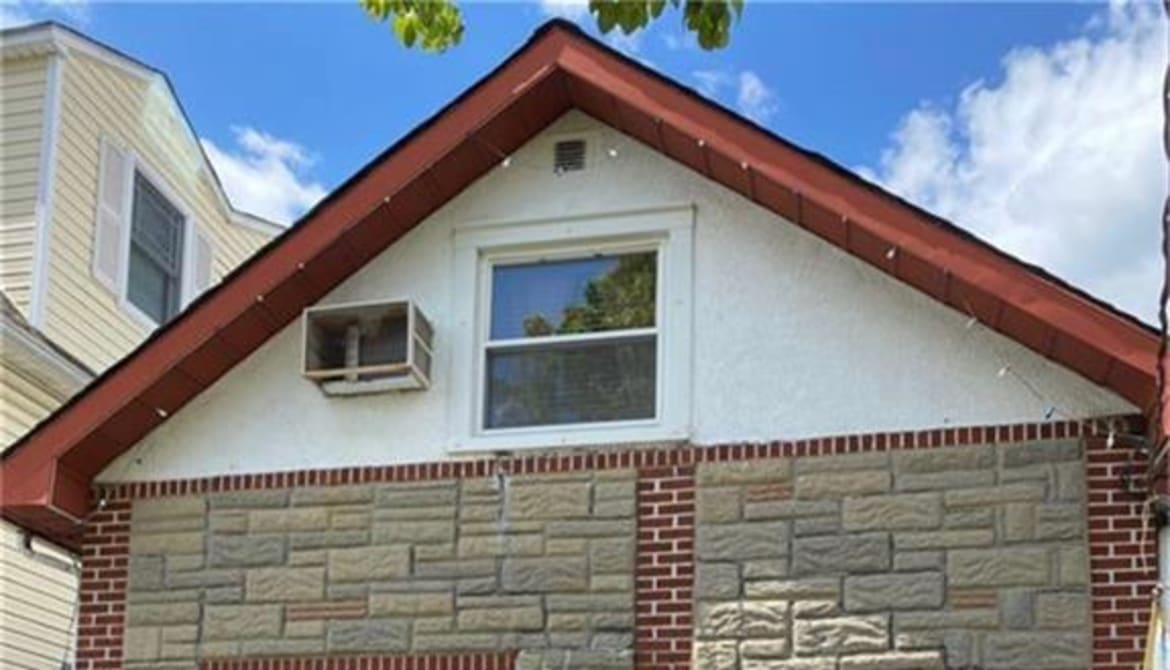 Just Listed: 343 Quincy Avenue, Bronx
