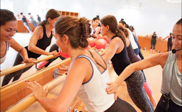 Local Love: barre3