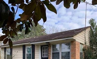 Just Listed: 226 Bruce St, Loganville