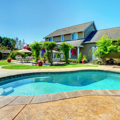 FREE Hotlist – Homes with Swimming Pools