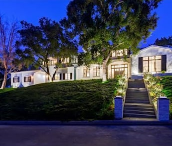Luxury Encino Estate 16810 Bajio Rd. Encino 91436