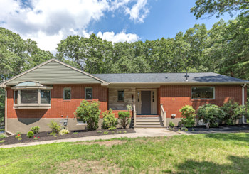 31 Page Road, Bedford, MA 01730