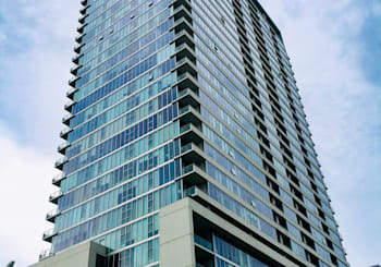 Awesome Modern Condo with Jaw-Dropping Lake Views in the Heart of the South Loop!