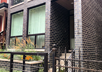 Stunning Duplex UP Penthouse Condo in Prime Lakeview!