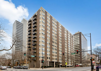 3033 N Sheridan Rd Unit 1604, Chicago, IL 60657