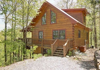 917 RIPSHIN MOUNTAIN ROAD BLUE RIDGE, GA 30513