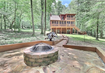 4304 LICKSKILLET ROAD BLUE RIDGE, GA 30513