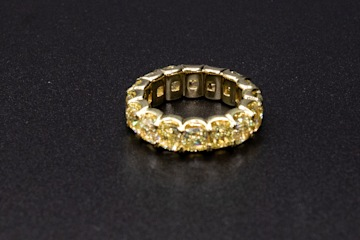 18kyg Eternity Ring