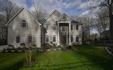 UNDER CONTRACT! 5005 Montgomery Street, Annandale, VA 22003
