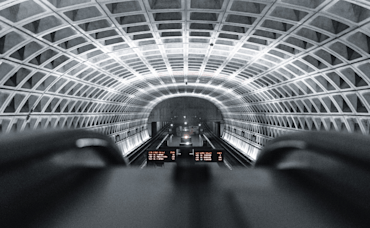 Don't Stand to the Left! 8 Tips for Relocating to the DC Metro Area