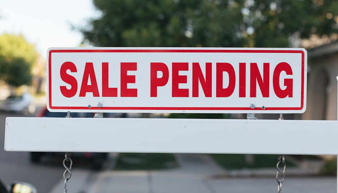 "Buying a ""Sale Pending"" Home"
