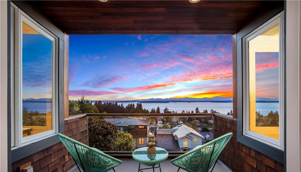 Just Sold: 7334 44th Avenue, Seattle