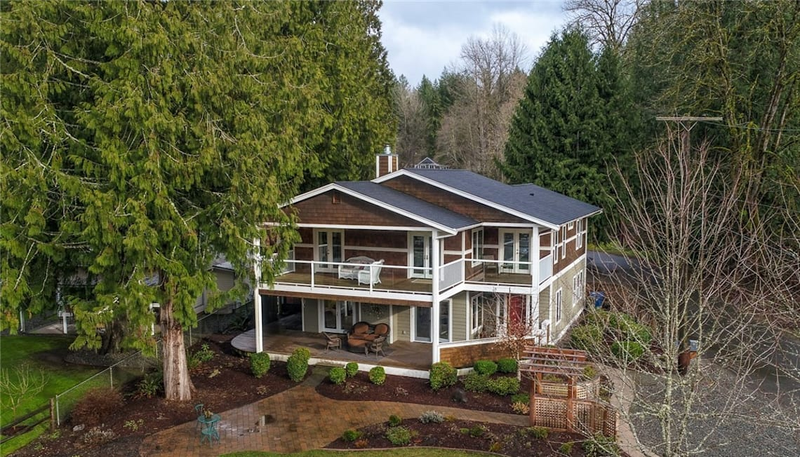 Just Sold: 23115 Lower Dorre Don Way, Maple Valley