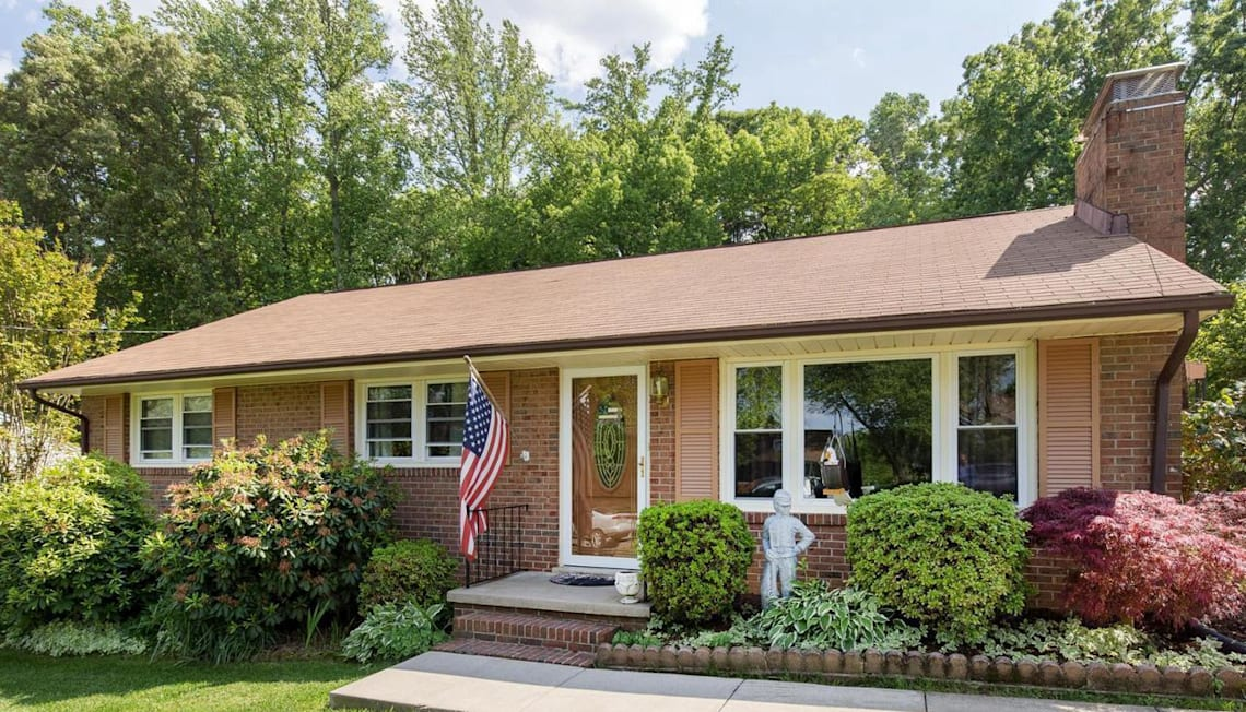Just Listed: 217 Mount Pleasant Blvd, Fredericksburg