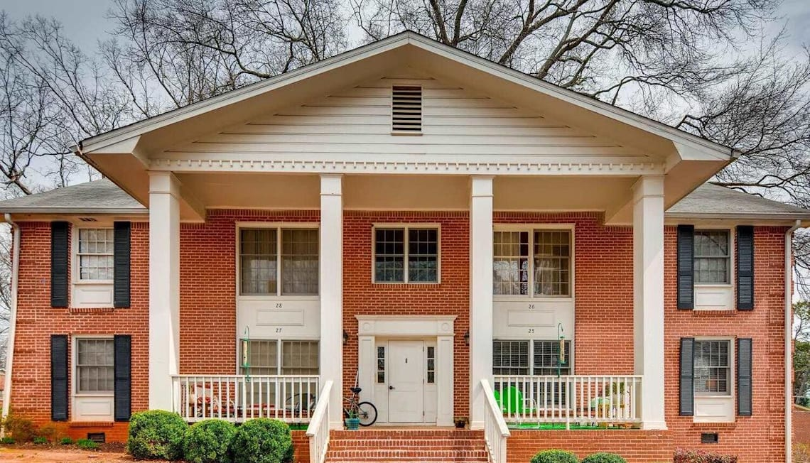 Just Listed: 135 East Hill Street Unit: 25, Decatur