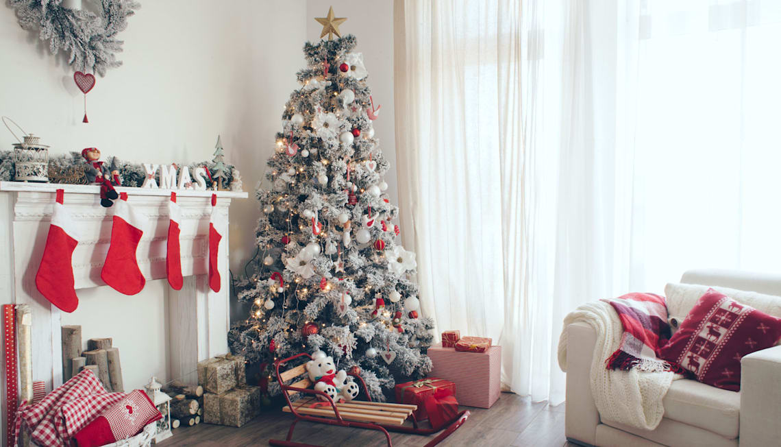 Holiday Decorating for Home Sellers