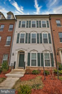 Just Listed: 929 Basswood Dr, Stafford