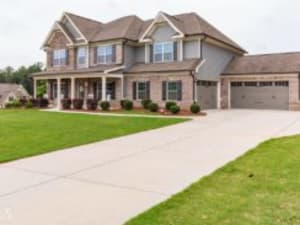 Just Listed: 1370 Silver Thorne Ct, Loganville
